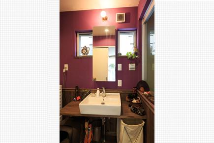 エキゾチックなバリ風洗面室
